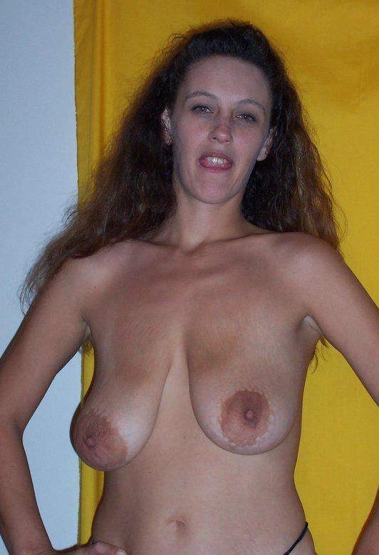 Amateur big saggy tit porn