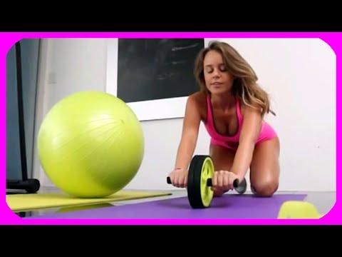 Sexy girls doing aerobics