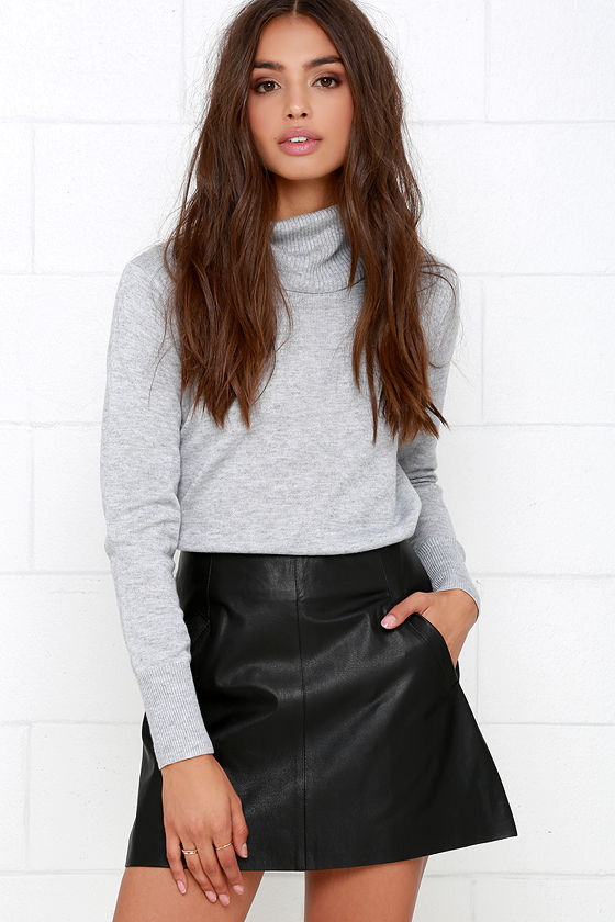Sexy leather mini skirts