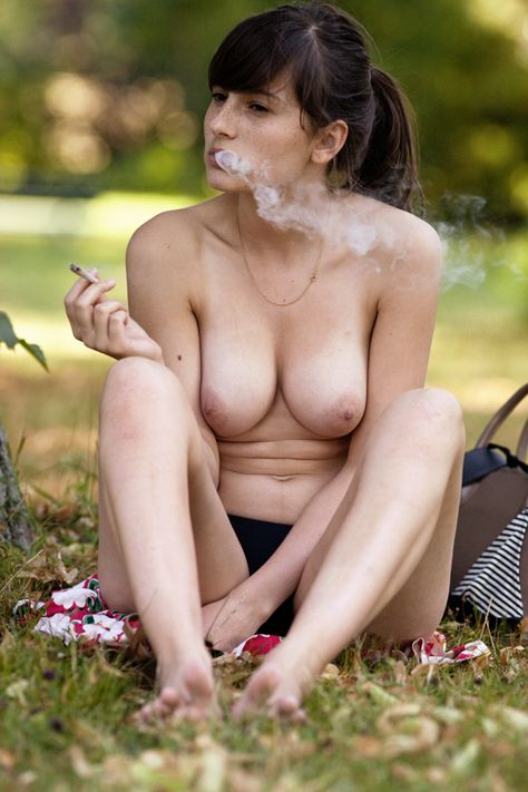Hot moms naked in images