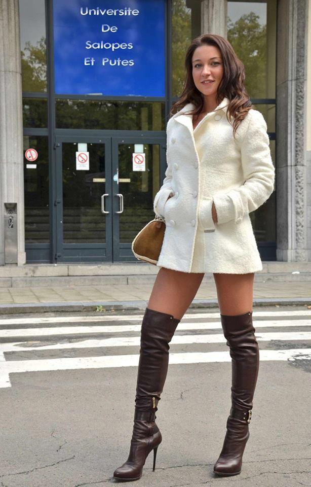 Hot girls wearing boots