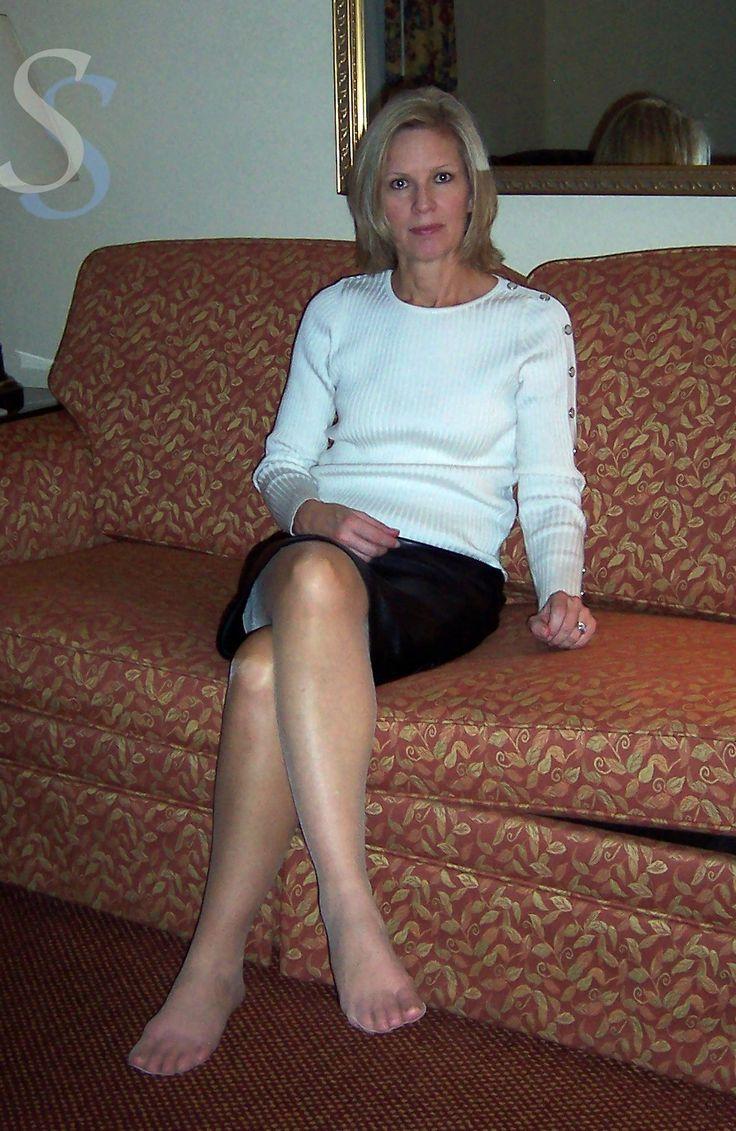 blonde pantyhose Mature