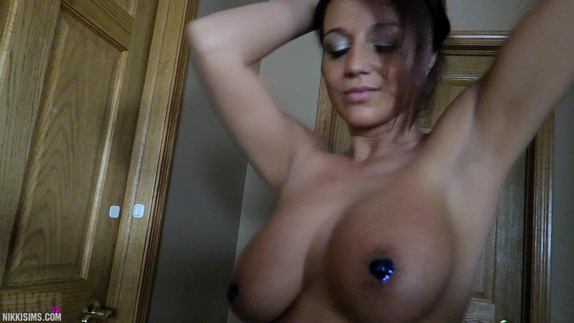 Nikki sims nude shower