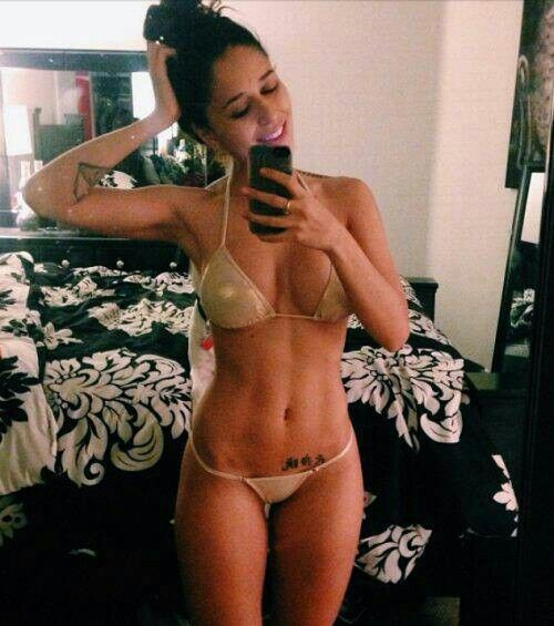 Amateur brunette showing off her body