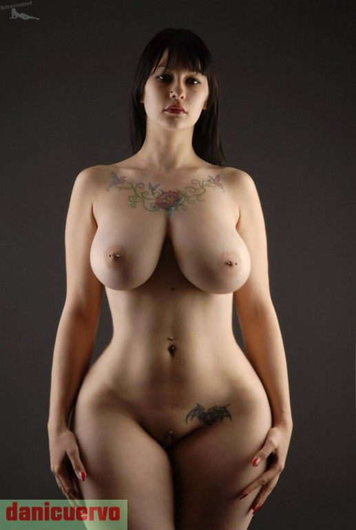 women Perfect nude curvy