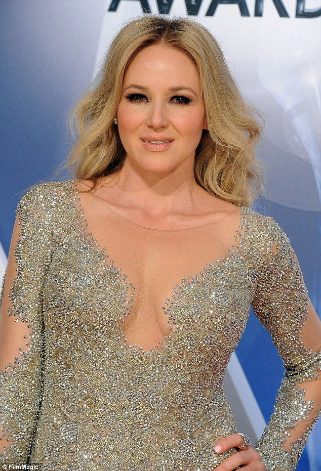 Jewel nude female singers