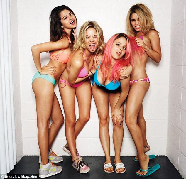Selena gomez and vanessa hudgens nude