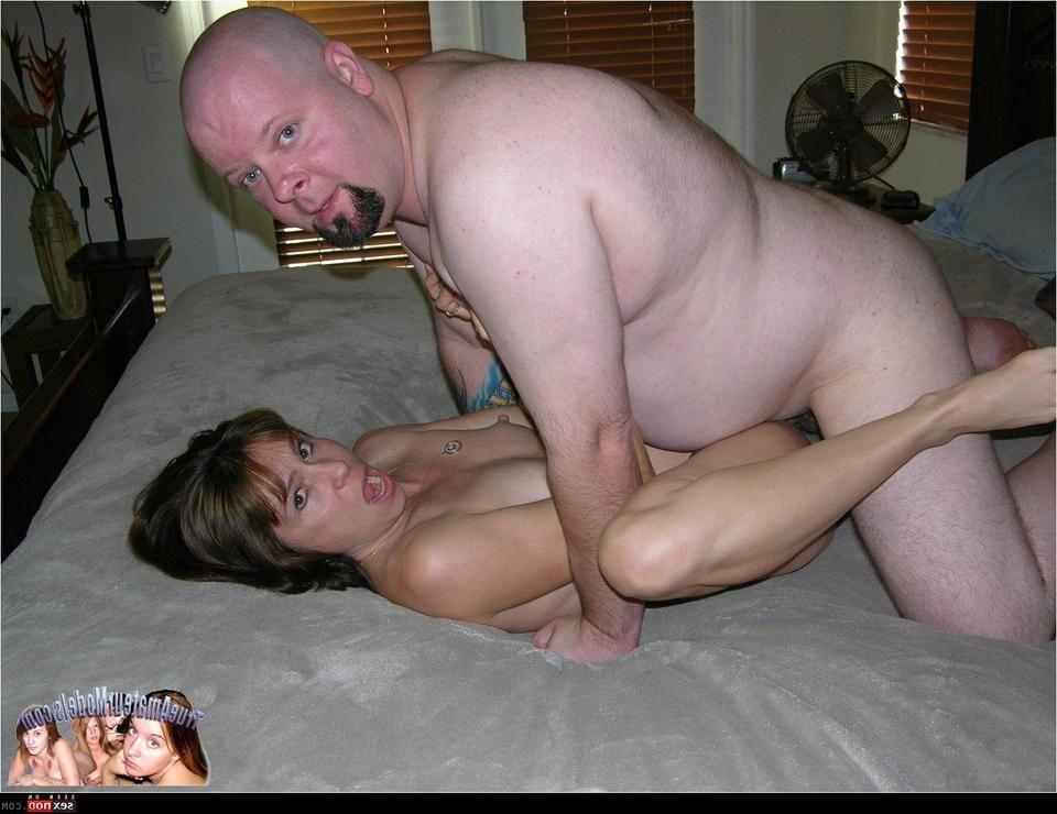 Amateur nude mature milf fucking