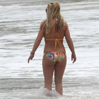 ass Britney spears bikini