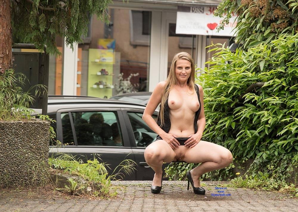 Big boobs nude legs spread