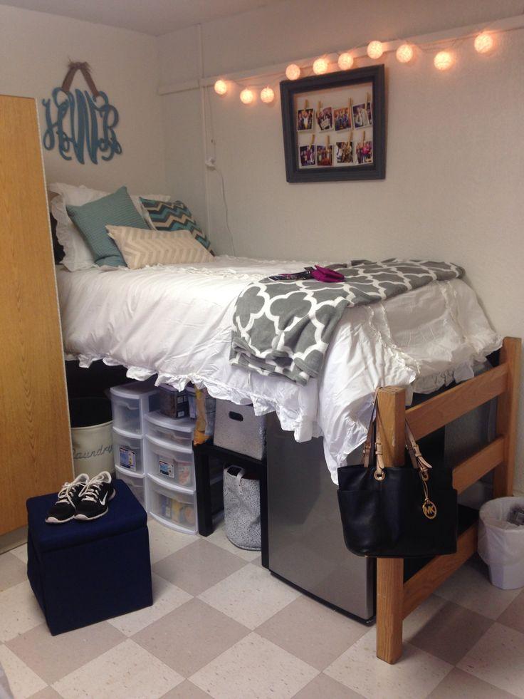 girl dorm college room Amateur