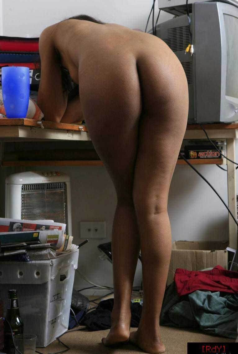 Hot nude indian girls ass