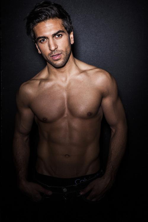 Elyas m barek shirtless