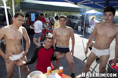 Guys nude in public