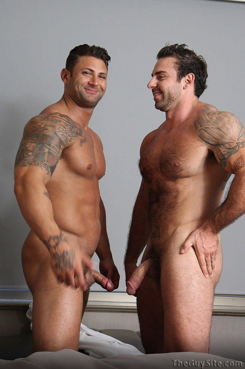 muscle men Naked