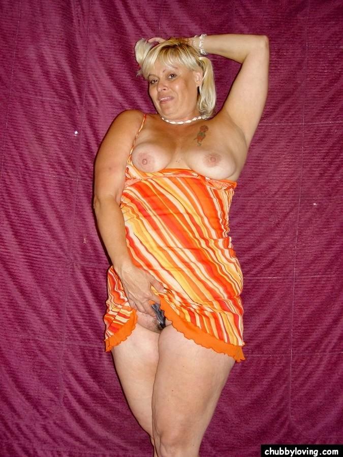 Chubby blonde sex movies