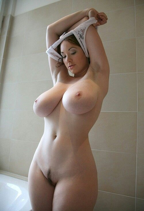 Curvy white girls nude