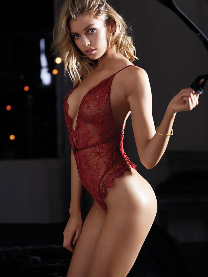 Sexy blonde girls in red lingerie