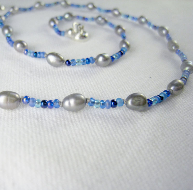 Teen pearl necklace