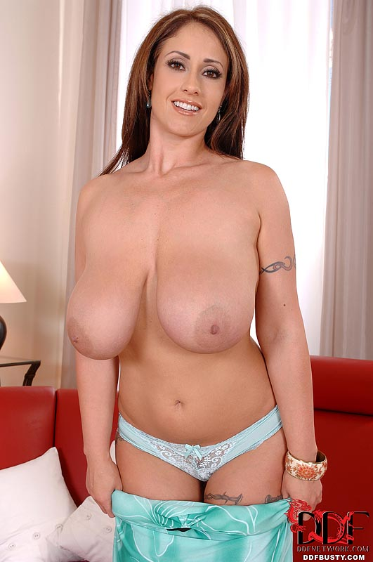 Eva mature big saggy tits