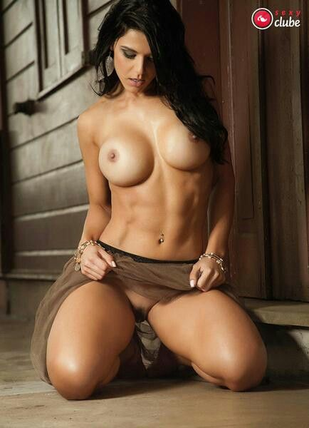 Beautiful fitness models nude