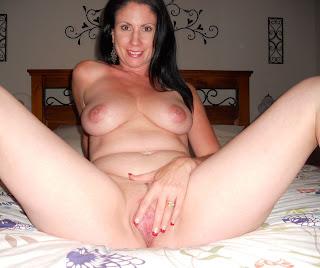 Homemade amateur milf nude