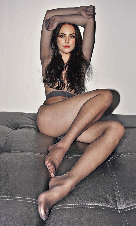 pics Pantyhose feet