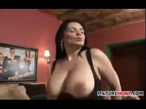Big tits mature women orgasms