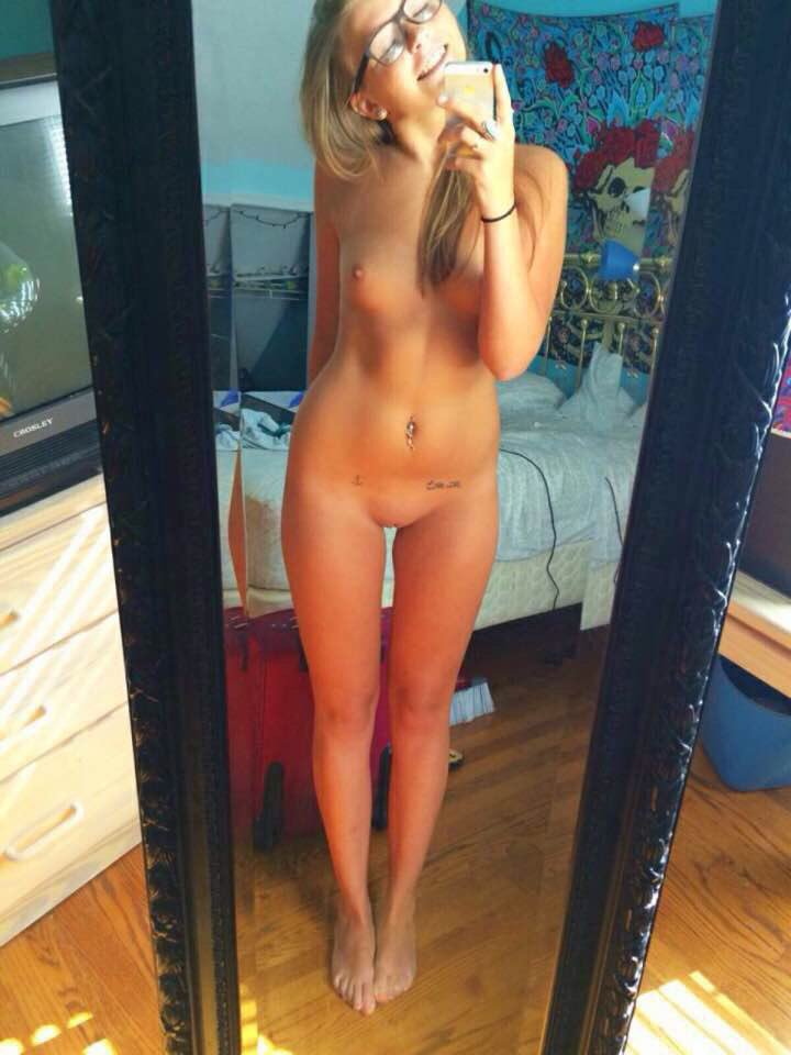 Nude mirror selfies tumblr
