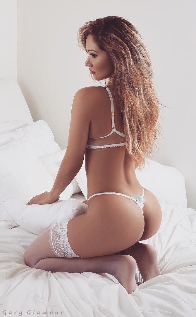 Erotic glamour girls porn