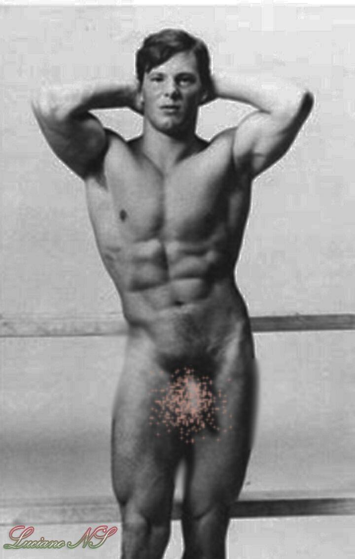 Nude gay muscle men fantasy