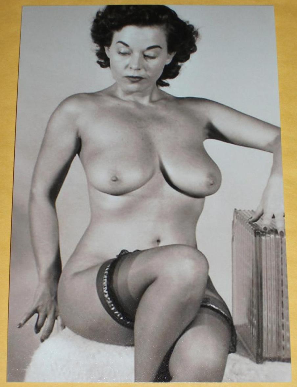 nude models galleries Mature