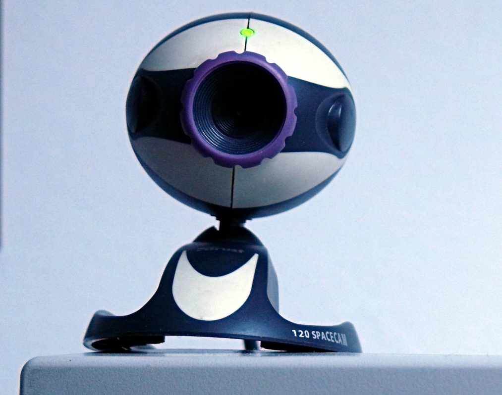 Free live hidden web cam