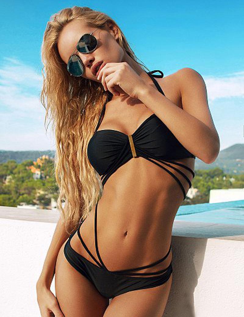 Xxx girls in bikinis