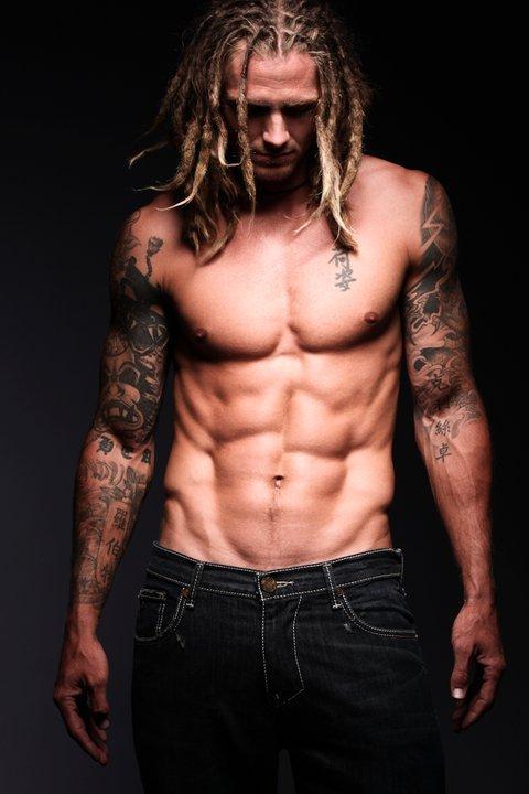 Robbie tru boy model nude