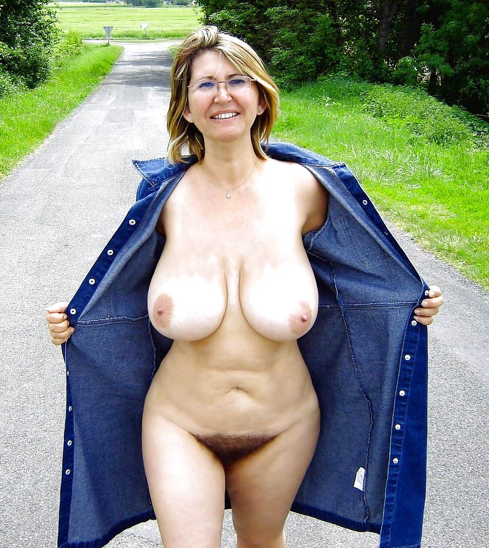 tits big mature Naked grannies