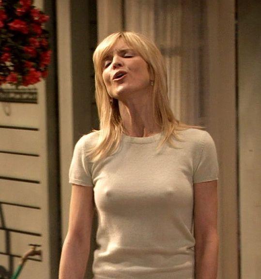 Courtney thorne smith nipples
