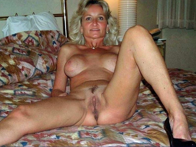 Naked grannies porn