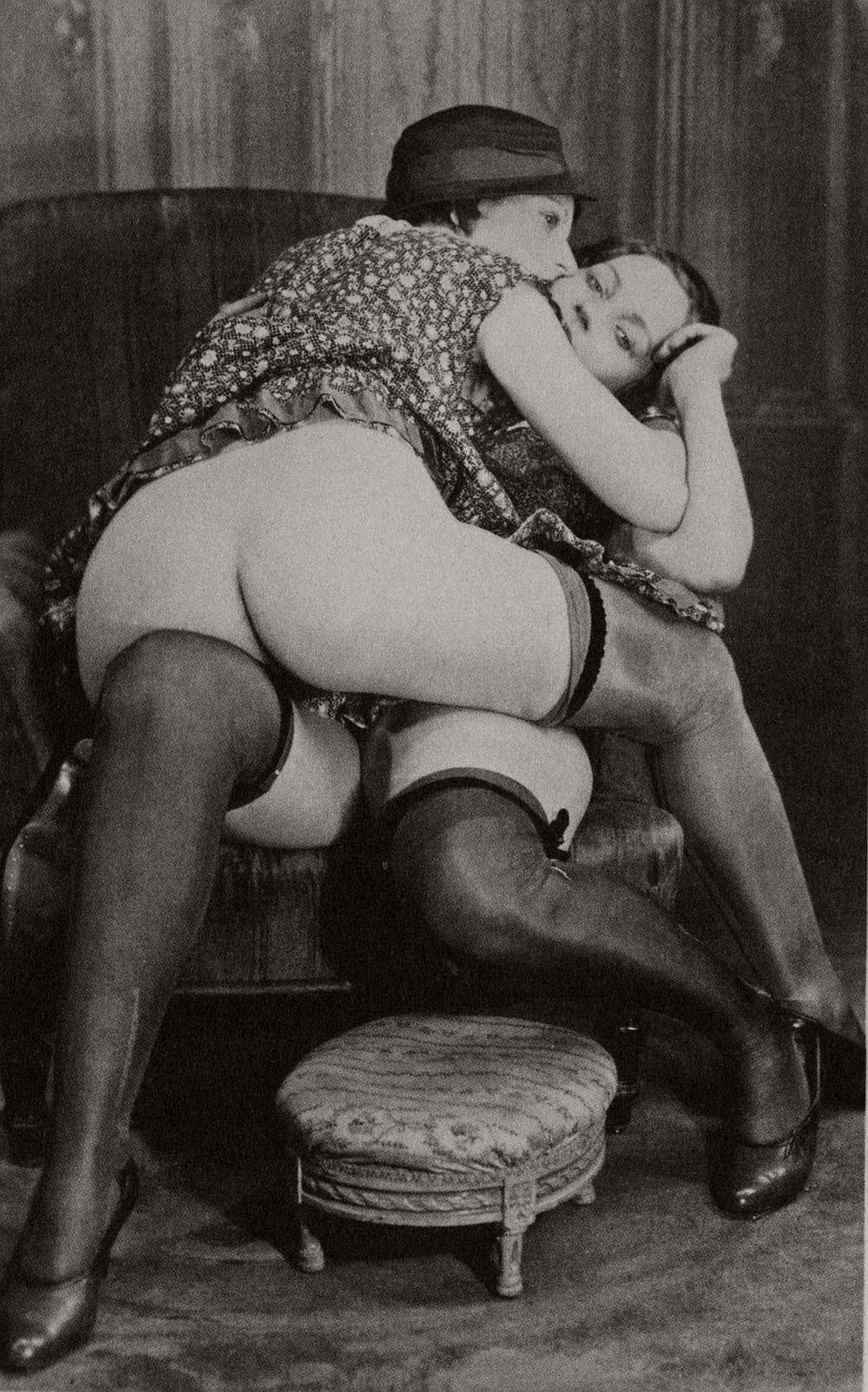 Vintage lesbian erotica