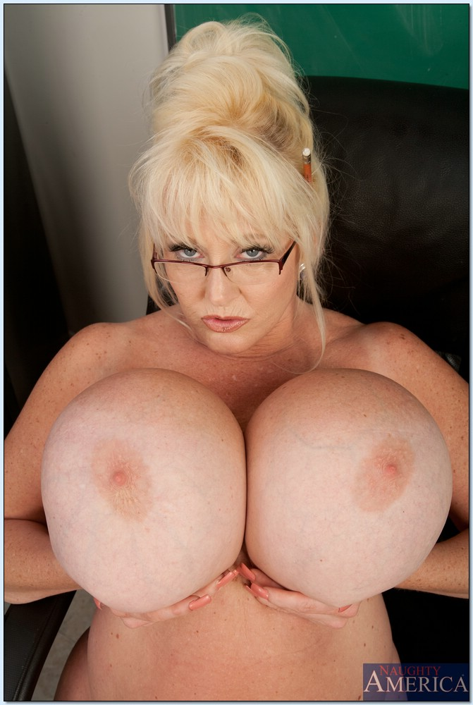 teacher Milf big tits