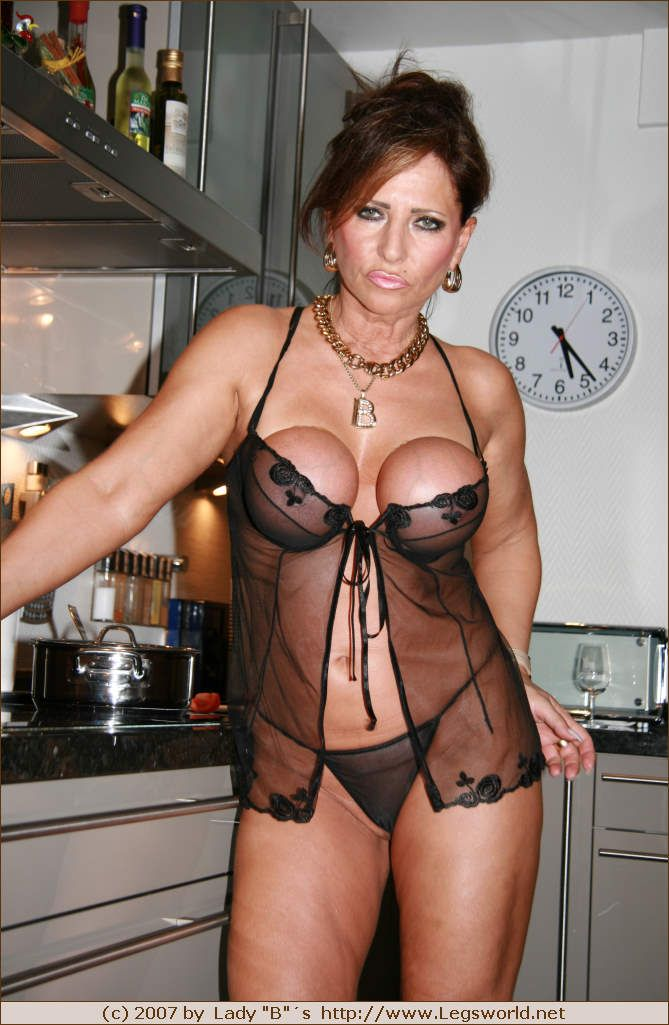 barbara legsworld Mature milf lady