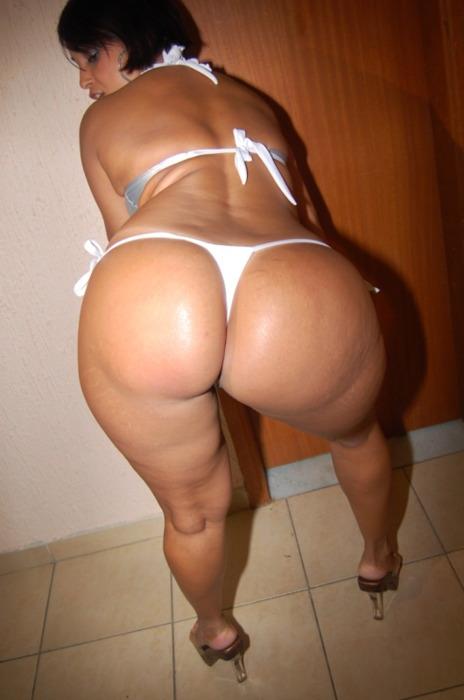 Big booty milf thong ass