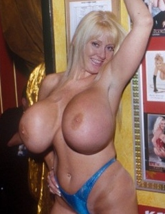 Kayla kleevage nude