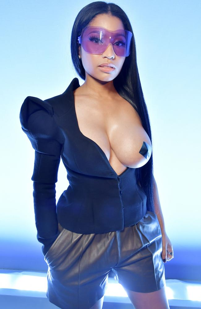 minaj naked Nicki