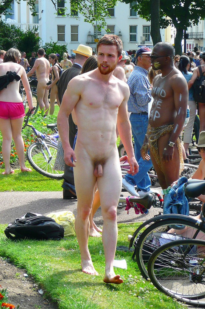 Guys nude in public
