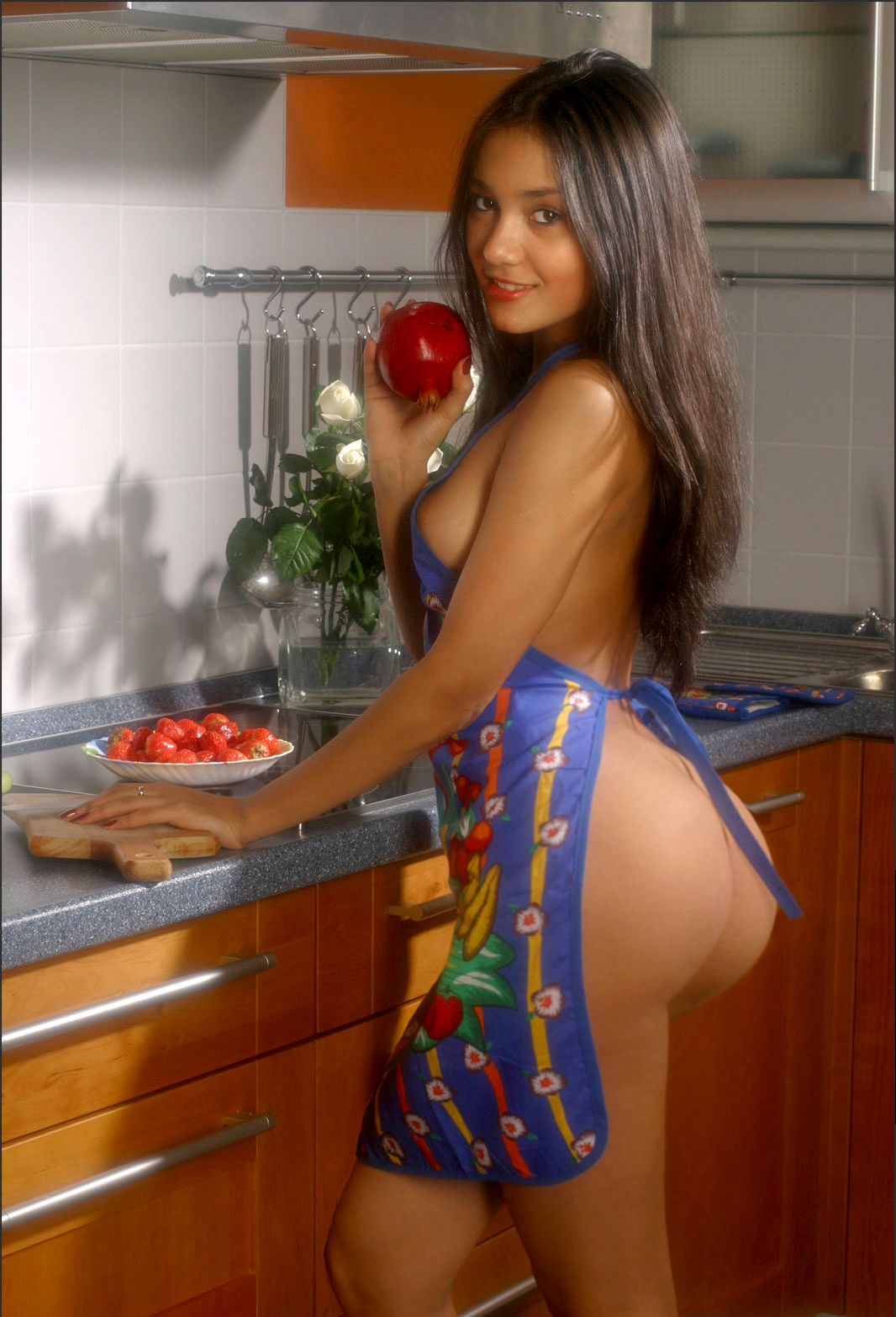 Apple bottom girls naked