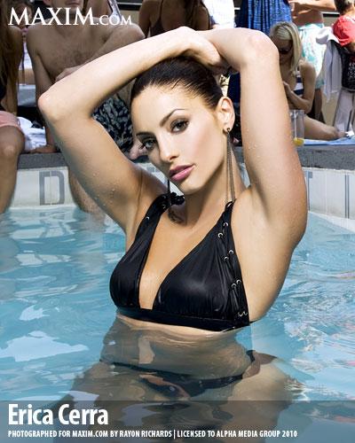 Erica cerra topless