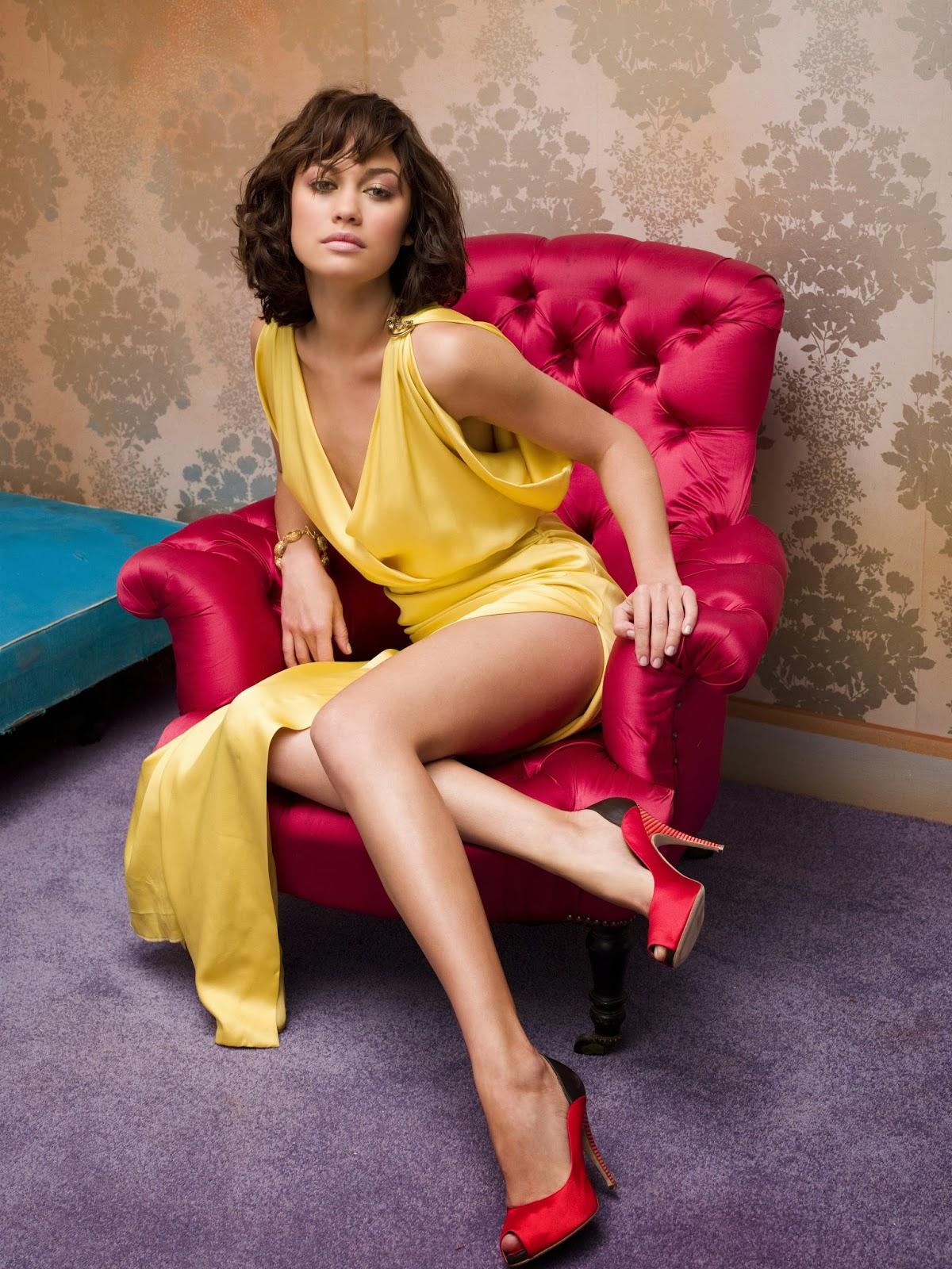 Olga kurylenko hot legs