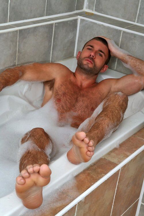 Man hairy foot fetish
