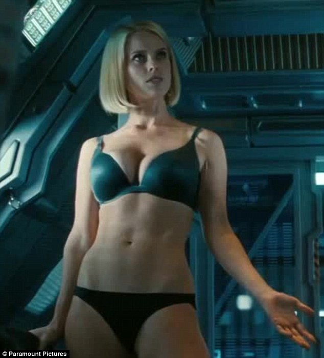 Alice eve star trek fakes